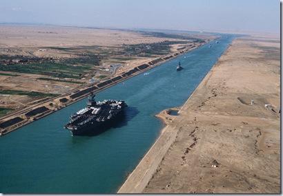 Suez_canal_1981