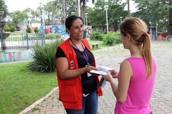 Equipes de saúde mobilizam moradores contra a dengue