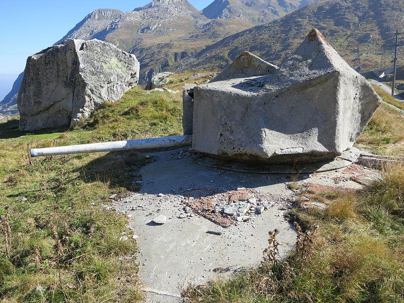 hidden-swiss-bunkers-19