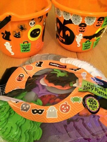 Hobbycraft halloween party platter  - Emma in bromley