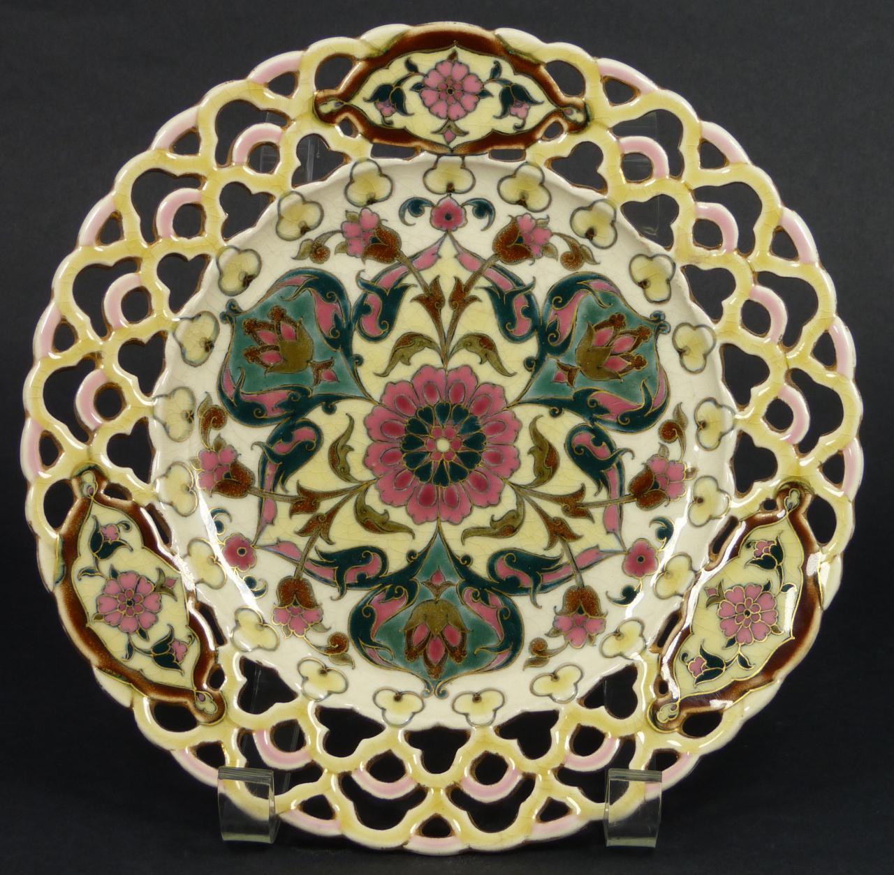 Stunning Art Nouveau design