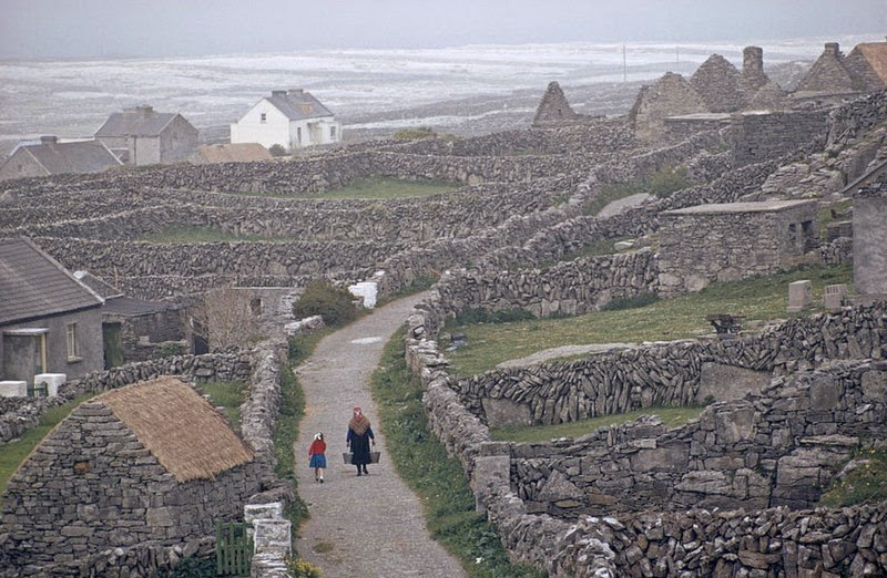 The Stone Walls Of Ireland Amusing Planet