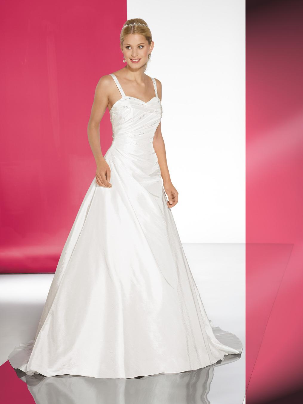 Wedding dresses   Lohrengel 25 10   10