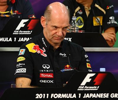 Эдриан Ньюи на пресс-конференции Гран-при Японии 2011