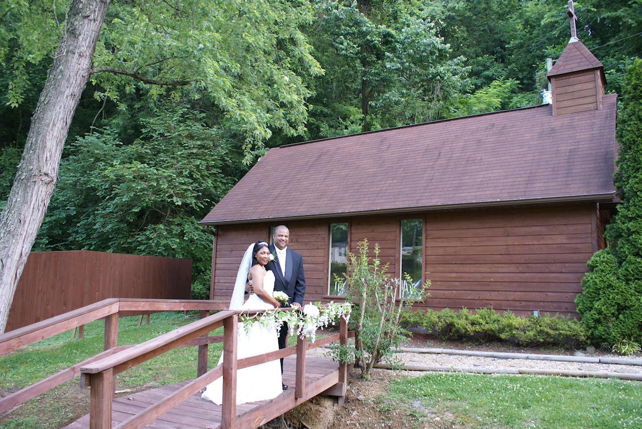 Gatlinburg Chapel Wedding