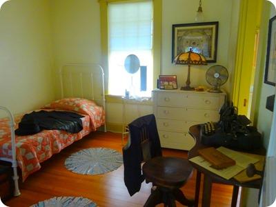 secretrary bedroom