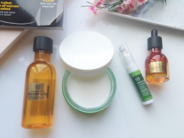 The Body Shop skincare, the body shop oils of life review, the body shop drops of youth