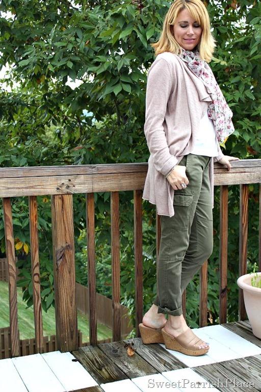 Army-green-pants flowy-cardigan-floral-scarf3