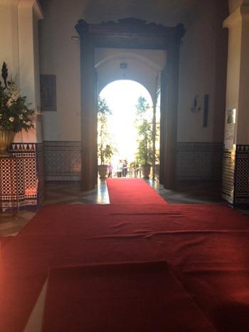 Este es el portón por el que entrará la novia