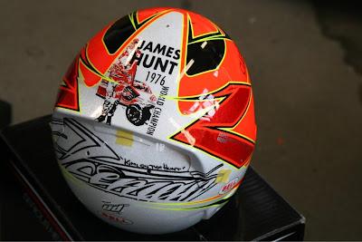 шлем Кими Райкконена в честь Джеймса Ханта на Гран-при Монако 2013