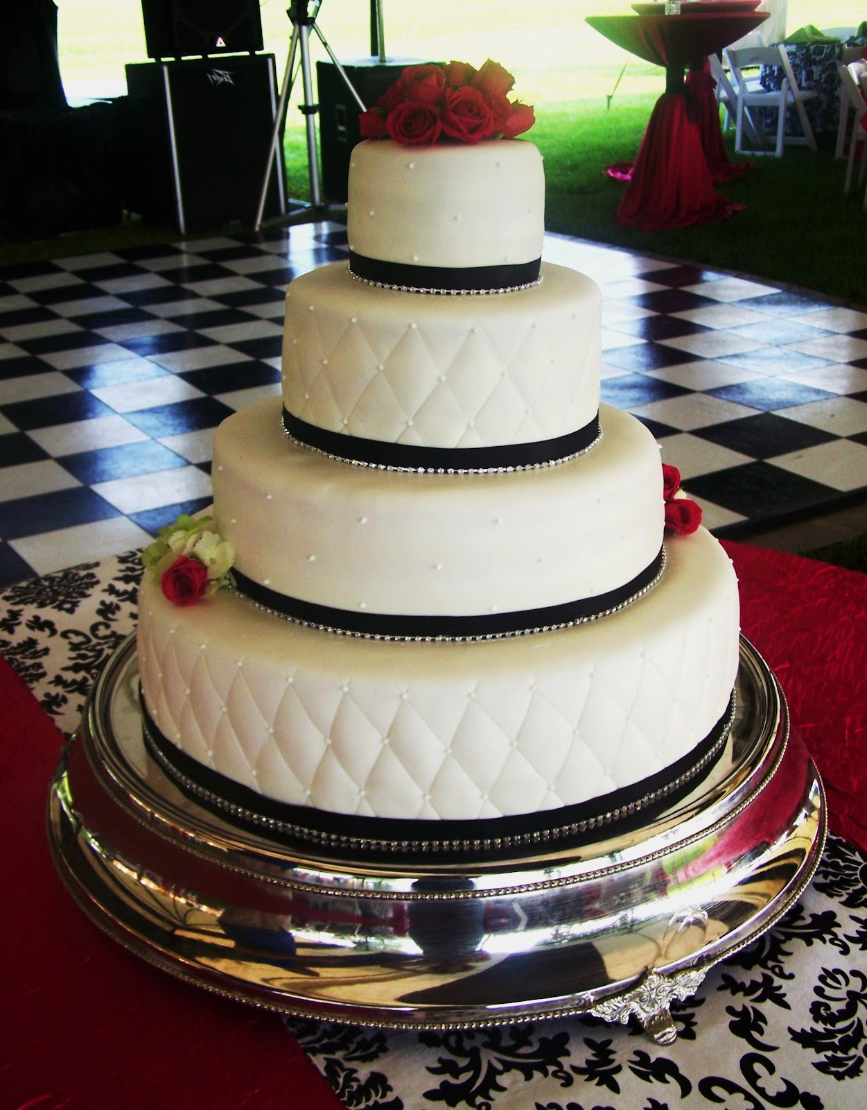 White Black Wedding Cake with