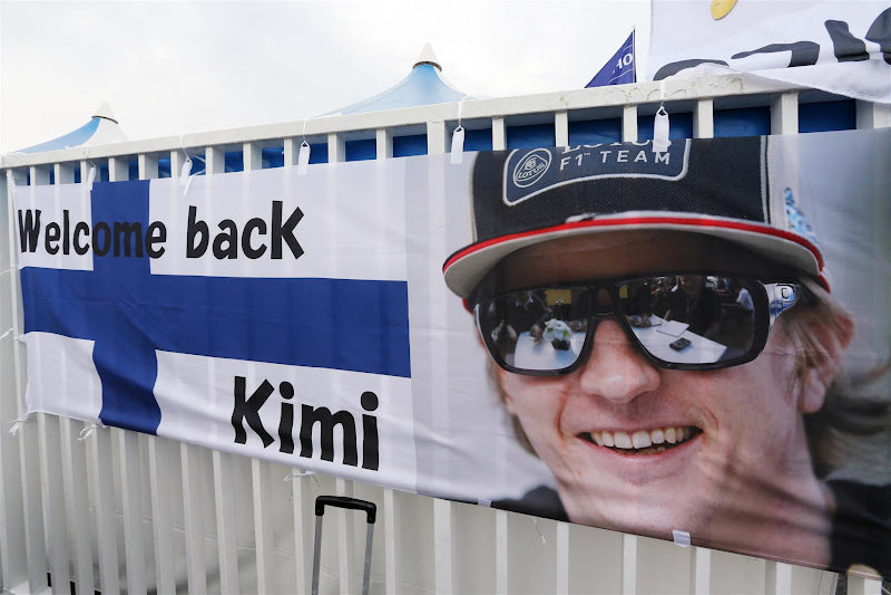 Welcome back Kimi - болельщики Кими Райкконена на Гран-при Японии 2012