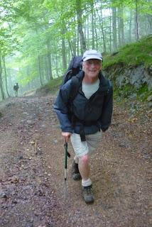 Manuel, grand sourire... Une vraie publicité pour la randonnée et derrière Jean Luc
