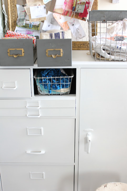 Primping my sewing nook {with my love of metal bins}