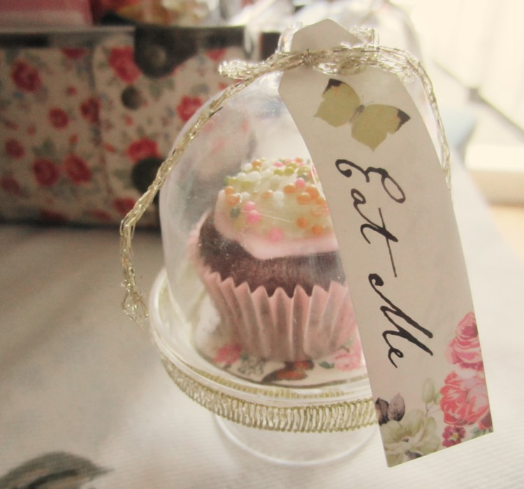 Engagement-Party-Mini-Cupca