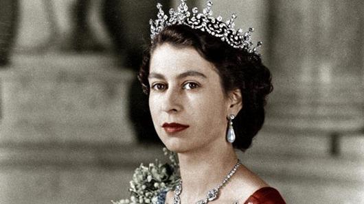 queen-elizabeth-7811