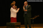 Dª Rosa Gil hace entrega del Premio Trujamán de la Guitarra modalidad colectivo: Certamen Internacional de Guitarra Miguel Llobet
