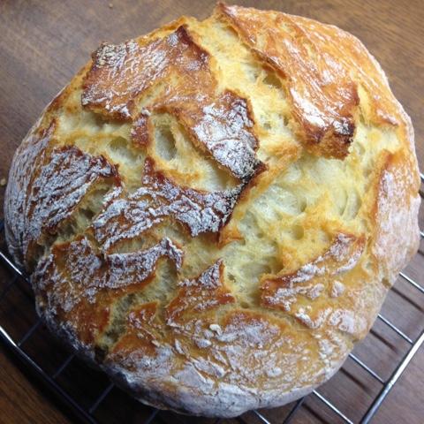 Fertiges No Knead Bread - Brot ohne Kneten