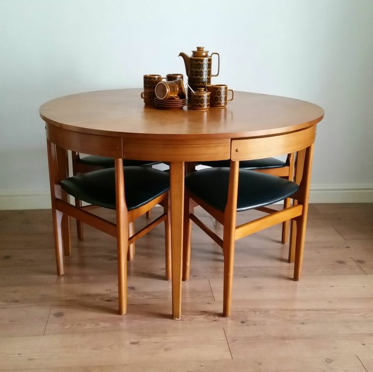 Lovely Table Lighting Chair