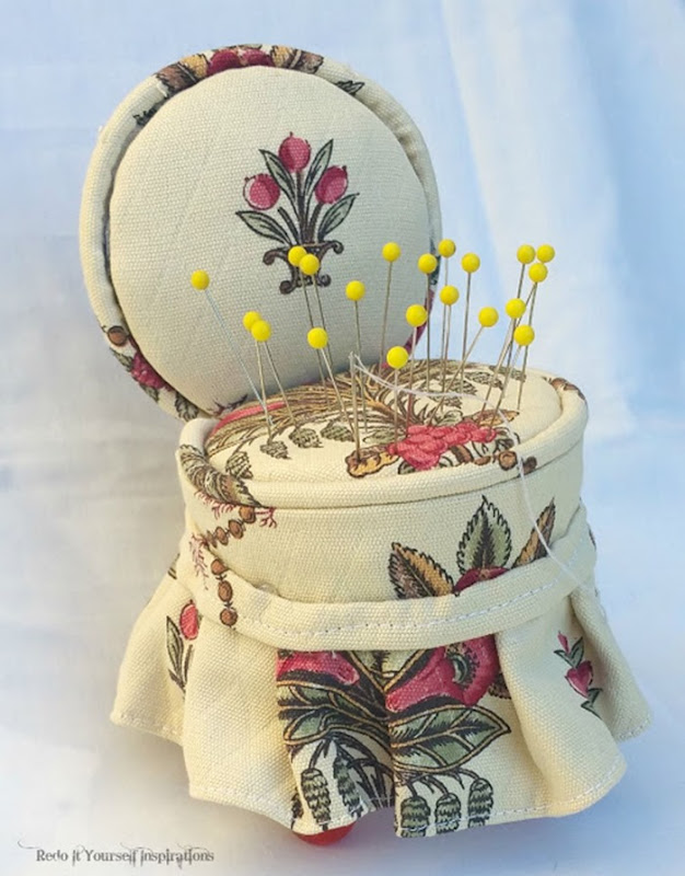 redoit pin cushion chair