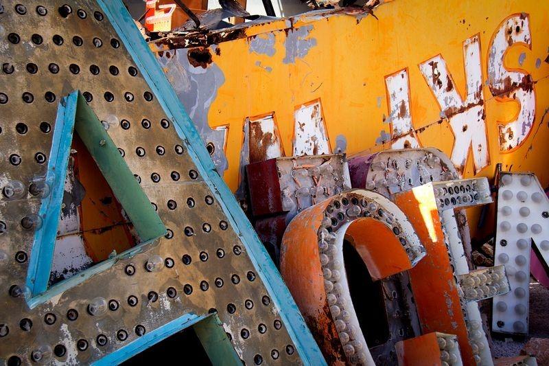las-vegas-neon-museum-8
