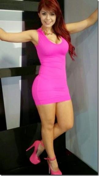 skin-tight-dresses-037