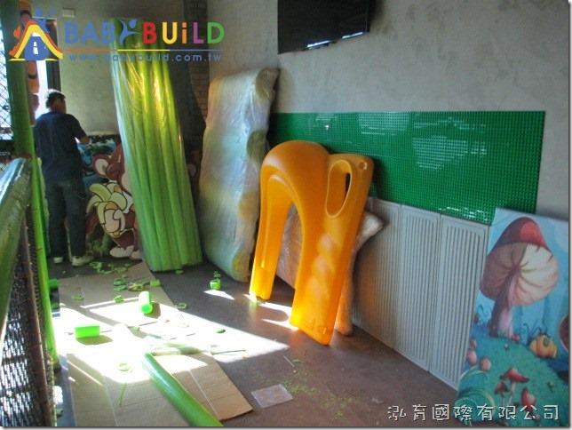 BabyBuild 3D泡管兒童遊具施工組裝