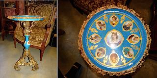 Красивый стол с фарфоровой столешницей. Севр. 19-й век. Позолоченная резная бронза, Севрский расписной фарфор. 49/78 см. 12000 евро.