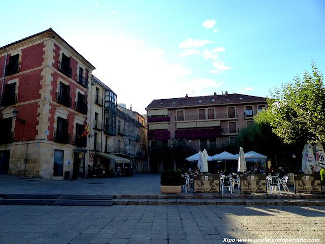 plaza-mayor-soria.JPG