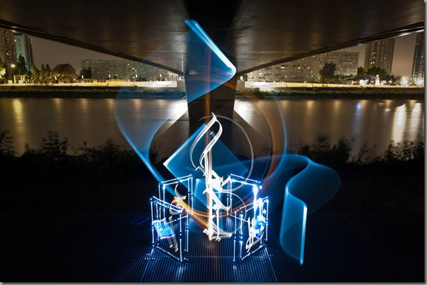 lightcalligraphy1-900x599