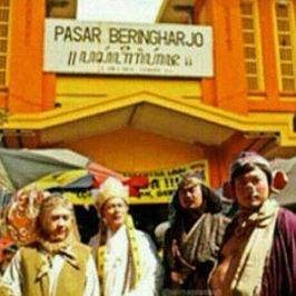 khusnullutfiwordpresscom_pasar-beringharjo