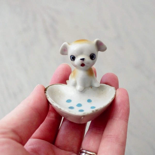 thriftscorethursday suite22antiques puppy ring holder