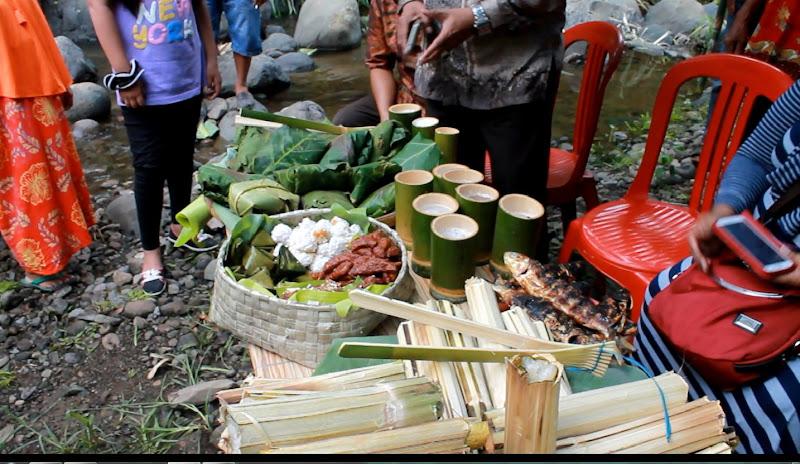aneka makanan di tradisi mattamu buah pattae