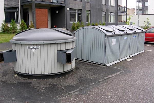 Финляндия контейнер для мусора.jpg
