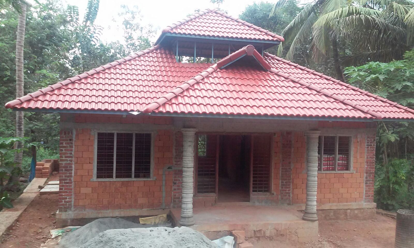 Low cost house design at shornoor building designers for Brick house construction cost