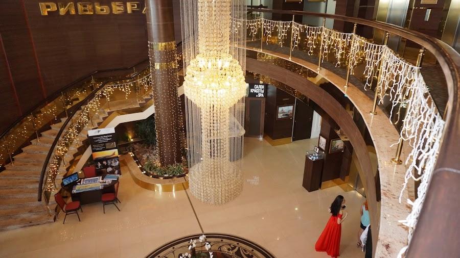 Холл отеля Ривьера