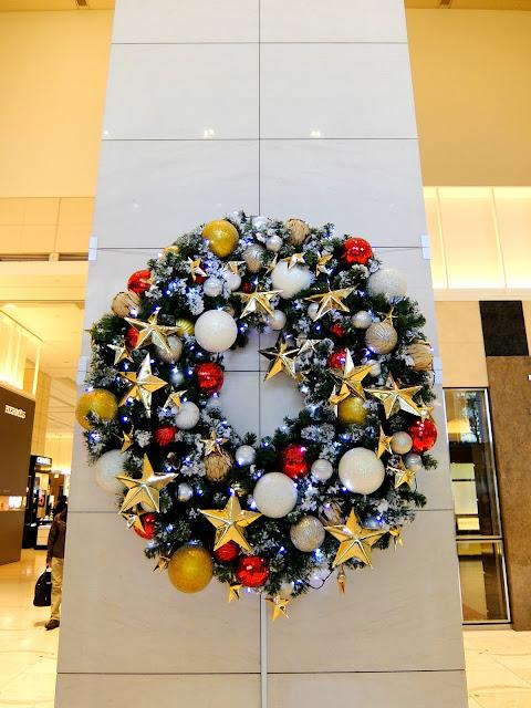新宿高島屋のクリスマスリース