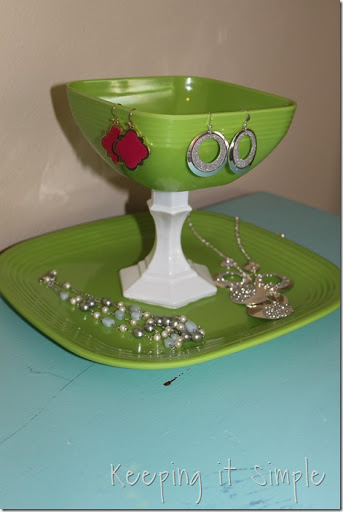 easy-DIY-Jewelry-Stand (13)