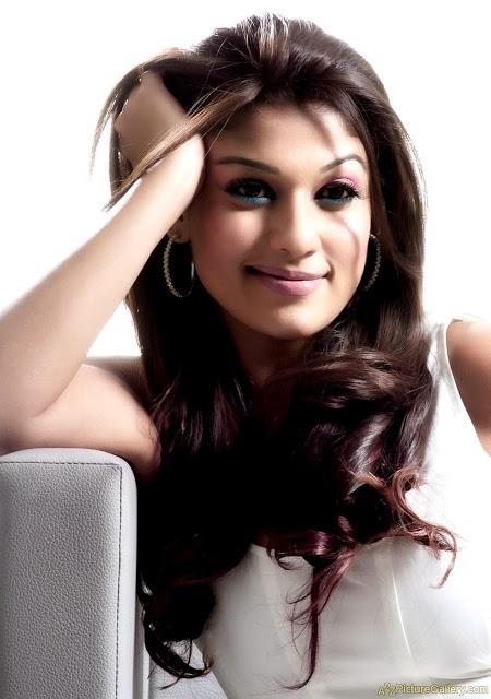 Nayanthara best pics (22)