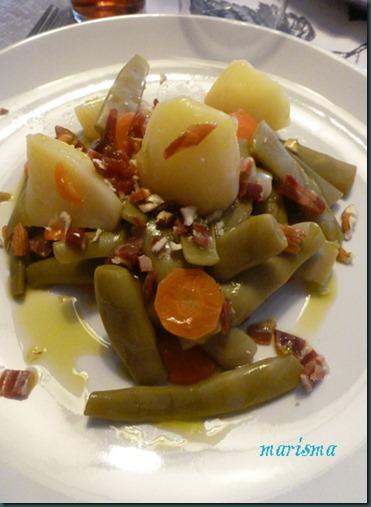 judías verdes con picada de jamón y almendras,racion copia