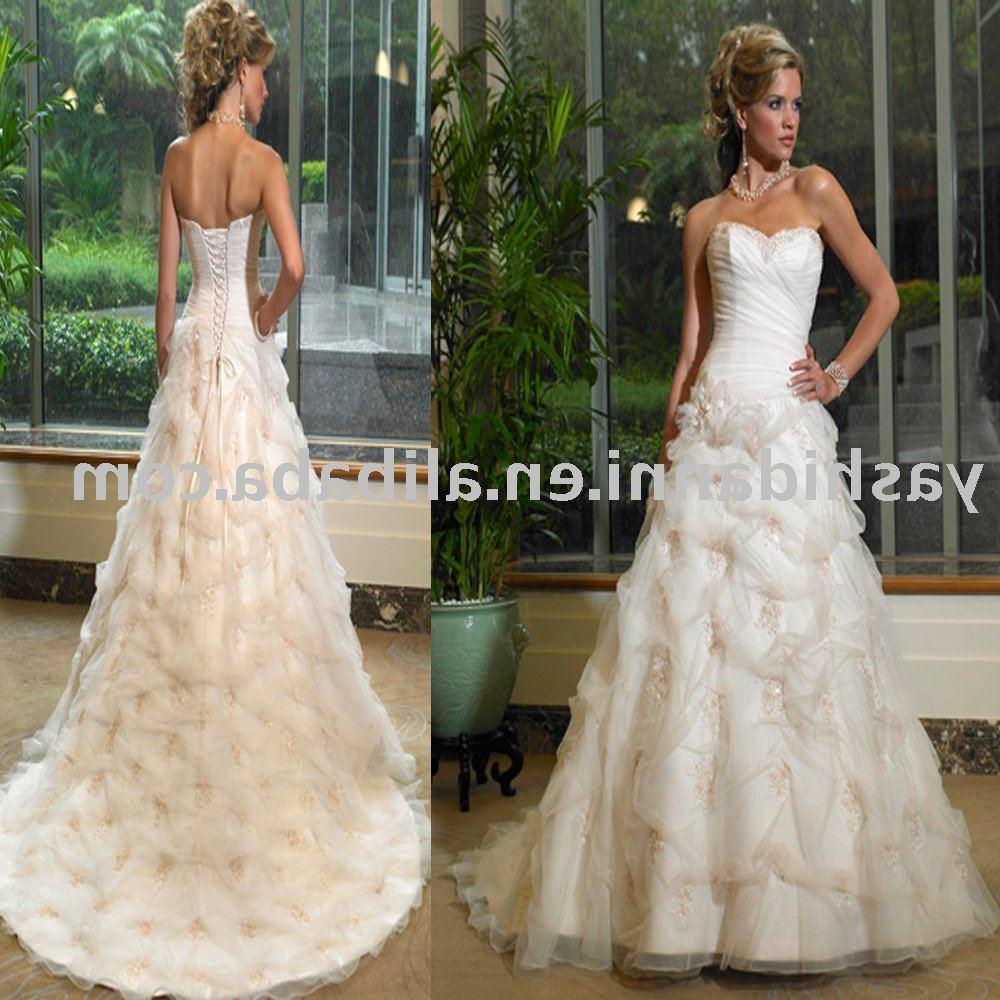 hot sell! backless ball gown train 2011 Fashion simple wedding dress