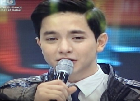 Alden Richards crying