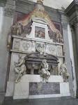 Better view of Michelangelo's tomb