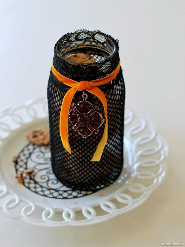 The Easiest Halloween Treat Jar via homework -carolynshomework (1)