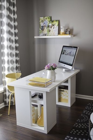 http://www.iheartfaces.com/2012/07/how-to-set-up-photography-office-in-your-home/