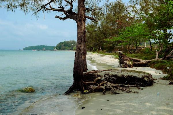индипенс бич сиануквиль пляж независимости