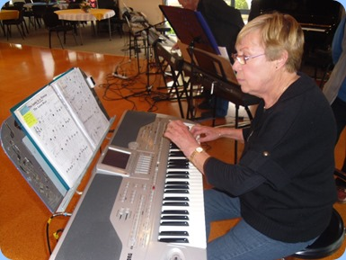 Yvonne Moller playing the Korg Pa1X. Photo courtesy of Delyse Whorwood.