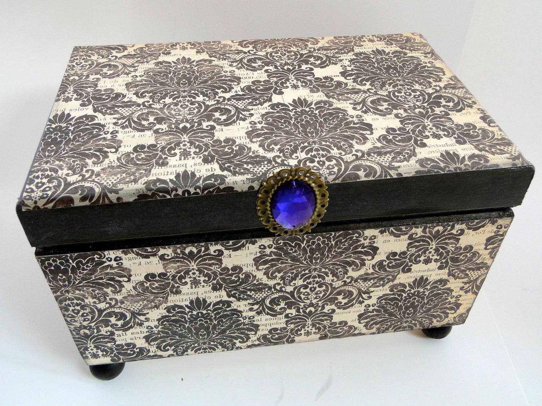 Regal Beauty, Royal Purple