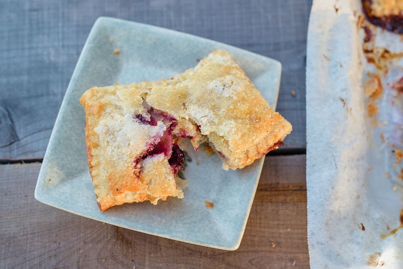 BERRY HAND PIES-6164