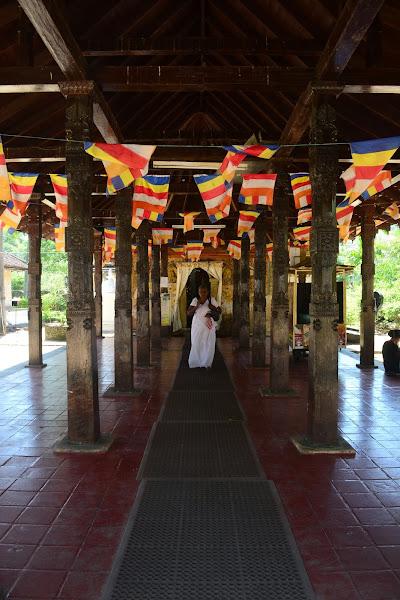 Буддийский храм, Шри Ланка